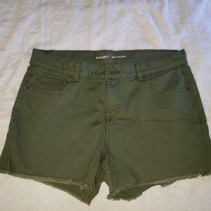 Old Navy olive green Boyfriend jean shorts.